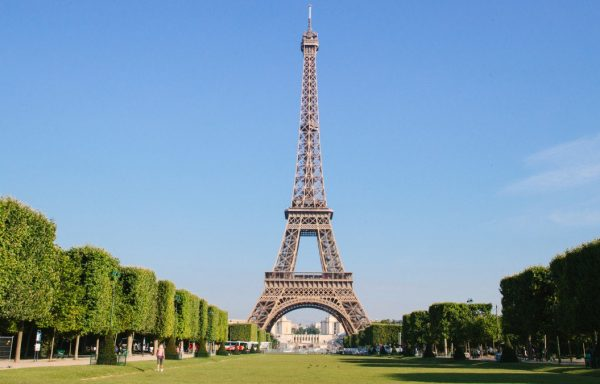 (FRANCE/SWITZERLAND) Visa, Return Flight Ticket, Hotel, Tour Sights